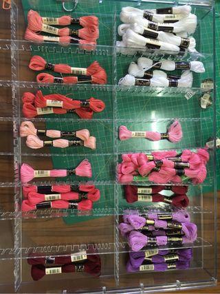 Mueble de madejas de bordar