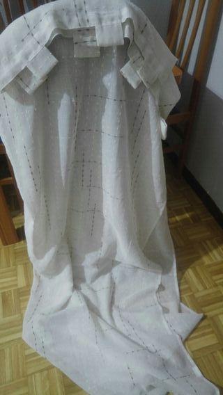 cortina blanco_ con rayas maron claro