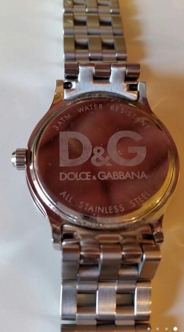 Reloj dolce & gabbana como nuevo