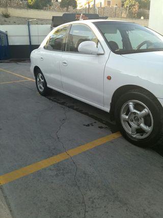 Hyundai Lantra 2.0 16 v
