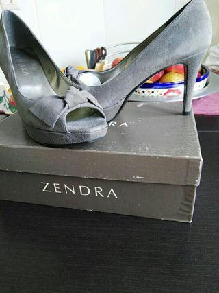 Zapatos tacon piel gris Zendra