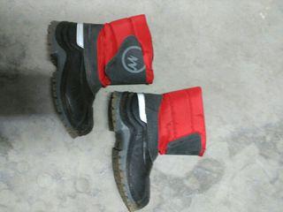 botas de nieve de niño
