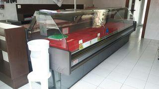 Vitrina refrigerada de carnicería marca Capelli