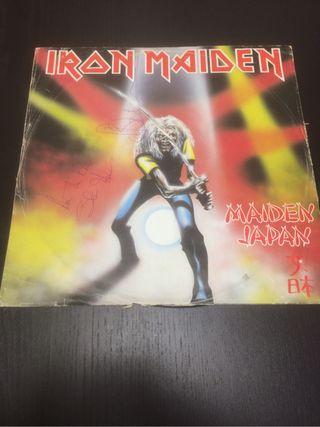 Iron maiden maiden ep firmado por bruce y steve
