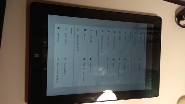 Tablet 2 en 1 Chuwi Hi10