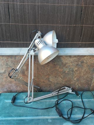 2 Lámparas grises (escritorio)