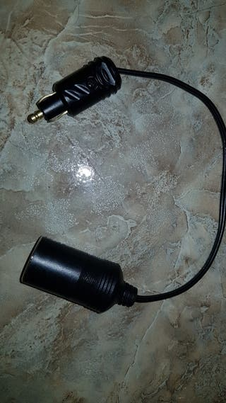 ADAPTADOR MECHERO BMW