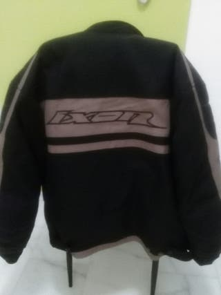 chaqueta moto ixon proteciones