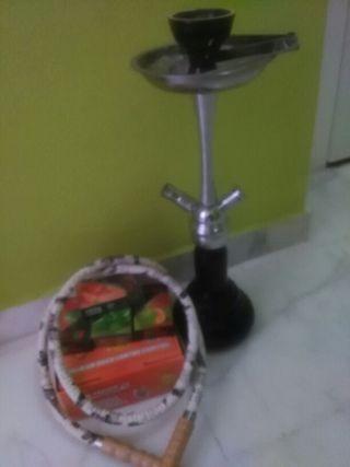 Cachimba con frutas y carbon