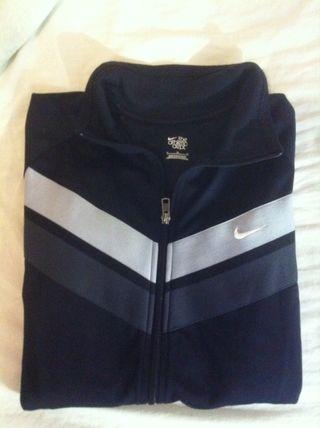 Mano Wallapop De Segunda Chaqueta Nike Barcelona En Negra nq6PT8wvwz be0814b88a7