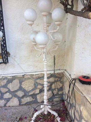 Lámpara jardín