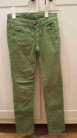 Pantalón Lois talla 8.