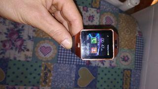 reloj móvil inteligente
