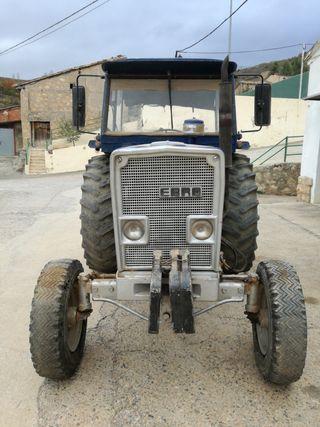 Tractor Ebro modelo 160E 41'9KW (57CV)