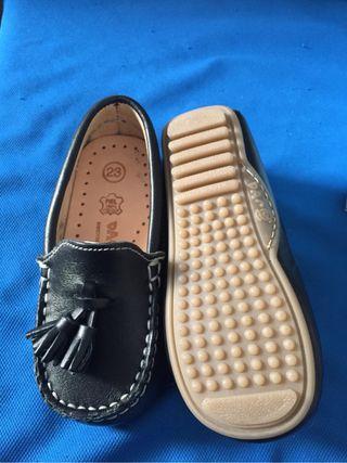 Zapato niño numero 23