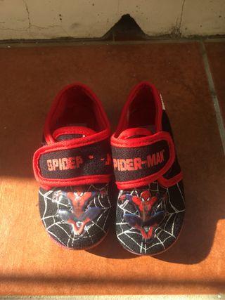 Zapatillas spiderman 26