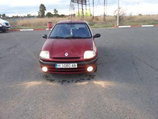 Renault Clio 1.4i 8v