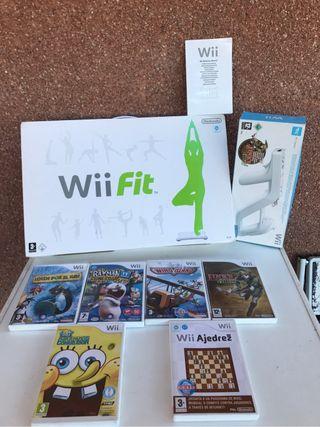 Tabla wii fit + pistola Wii + juegos Wii