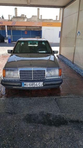 Mercedes-Benz 300d 1991