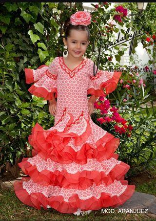 vendo vestidos sevillanas