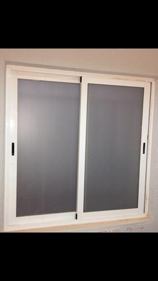 Ventanas blancas aluminio oferta liquidación