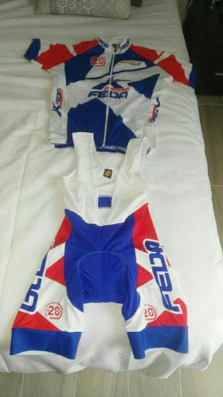 ROPA CICLISMO/SPINNING