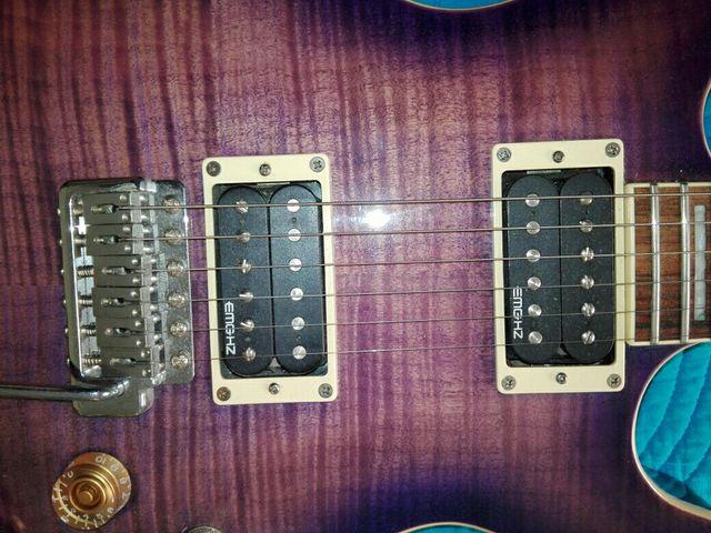 Guitarra Cort M600