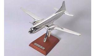 12. Precioso avión de colección Convair CV- 340