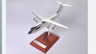 20. Precioso avión de colección Avro RJ Jumbolino