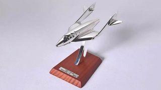 14. Precioso avión de colección Virgin Spaceship