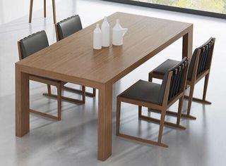 mesa de madera de comedor extensible de diseño