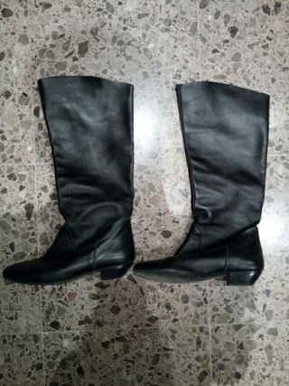 Botas altas negras talla 38 poco uso