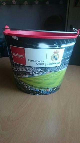 cubo Real Madrid con Abrelatas