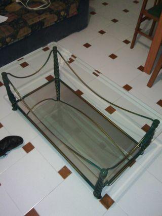 mesa de cristal griego