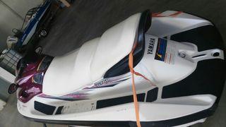 Moto de agua Yamaha XL 760 3 plazas 2 tiempos.