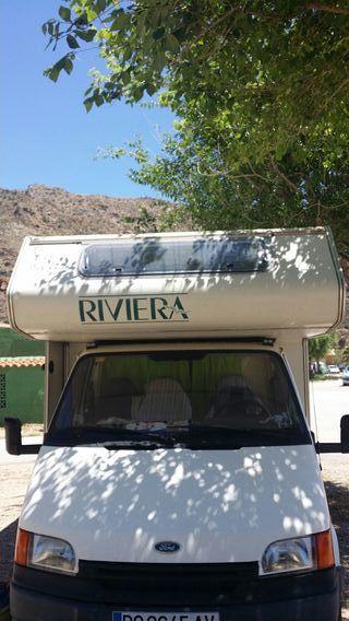 Ford Transit modelo Riviera
