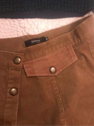 Falda de pana nueva
