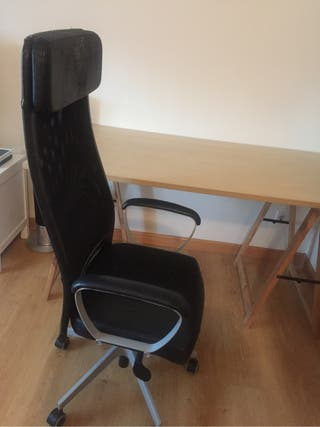 Conjunto escritorio y silla