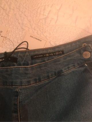 Pantalon nuevo talla 38