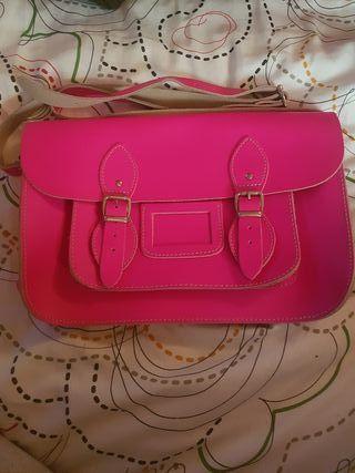 Bolso de cuero rosa