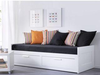 Day bed - Ikea Brimnes