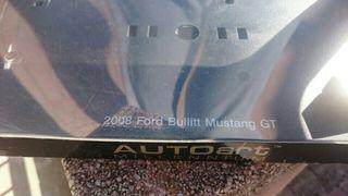 AUTOART Caja Coche Escala 1:18 Mustang Bullitt
