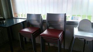 sillas de bar tapizado rojo