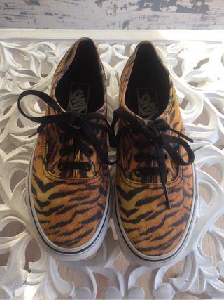 Zapatillas mujer vans tigre