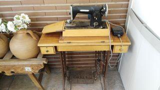 Máquina de coser