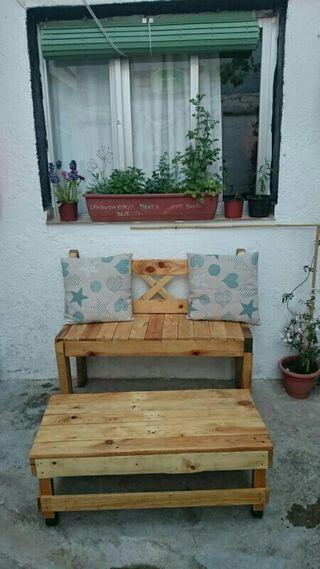 Banco y mesa de jardin