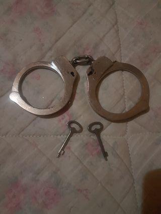 esposas con 2 llaves