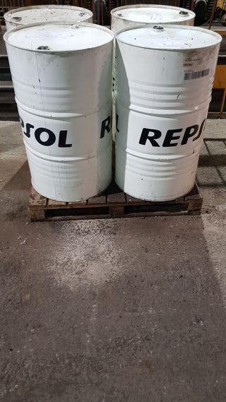 Bidon aceite 200ltrs usado vacio precio unidad.