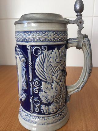 Jarra de cerveza antigua d ceramica