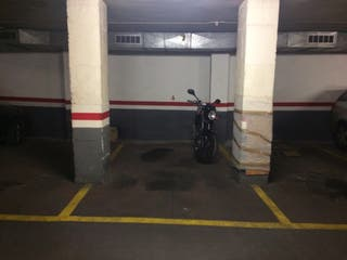 Parking en venta para coche mediano (junio 2018) parquing